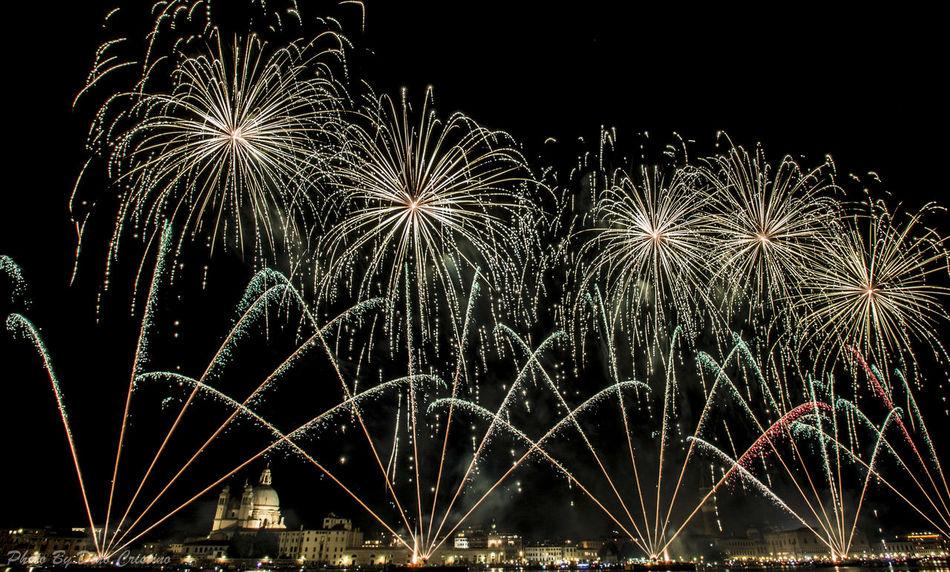 Dino Cristino Firework - Man Made Object Firework Display Fireworks Fotografia Notturna Low Angle View Luci Lunghe Esposizioni Night Nikon Nikonphotographer Nikonphotography No People Outdoors Redentore Redentore2016 Scatti Di Notte Sky Venezia Venice, Italy