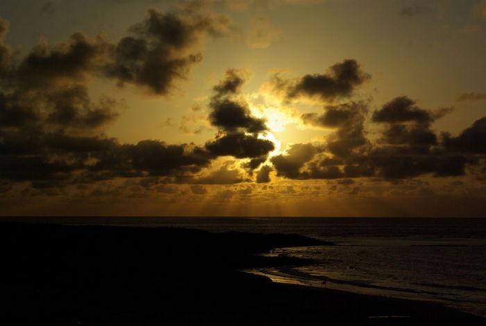 山口県角島の夕陽。壮観でした。Tsunoshima Sunset Sea Yamaguchi, Japan