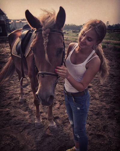 Homeiswheretheheartis Horse Enjoying Life Russia