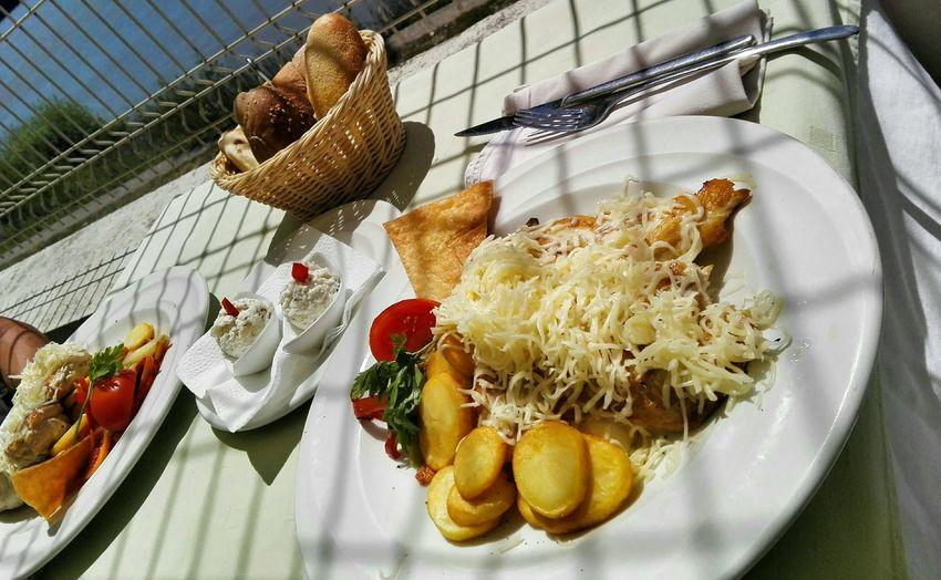 Photo by me. Enjoying Life Food Lunch Summer Delicious Yummy Restaurant Foodporn Hello World Throwback