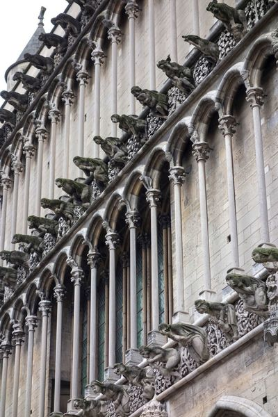 Arch Architectural Column Architecture Art And Craft Belief Building Building Exterior Built Structure Colonnade Craft Day Gothic Style History Human Representation Low Angle View No People Ornate Place Of Worship Religion Representation Sculpture Statue The Past