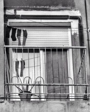 Streetphotography Canon PowerShot G1 X Blackandwhite Beauty Of Decay