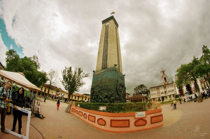 Taking Photos TowerPlaza Sky