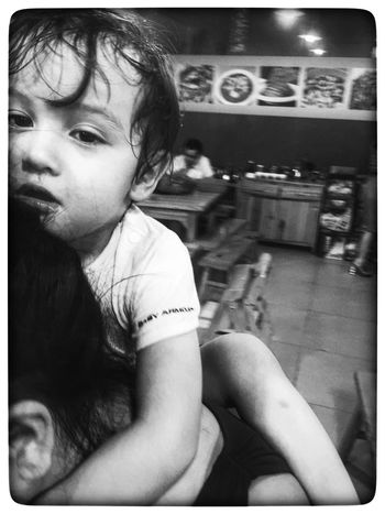 Streetphotography Father & Son Boy Black And White Black & White On The Shoulders Boy