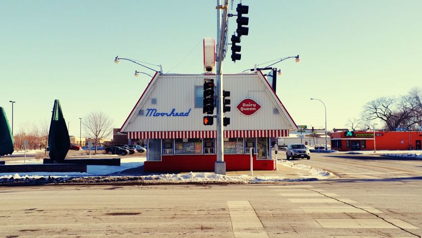 QVHoughPhoto FujiFilmX100 DairyQueen Moorhead Minnesota Cityscapes Urban1