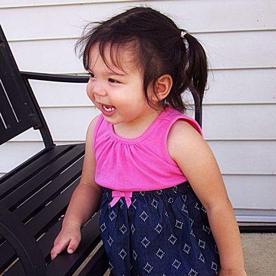 Benyada 🌸 Childhood Cute Girls Smiling Young Happiness Innocence