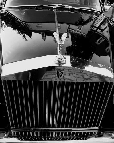 Spirit Of Ecstasy Transportation Mode Of Transport Car Land Vehicle No People Outdoors Close-up Day Rolls Rolls Royce Blackandwhite Black And White Reflection Architecture The Week On EyeEm EyeEm Best Shots