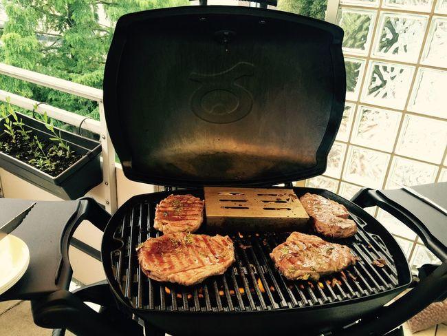BBQ BBQ Summertime Familylife Leisure