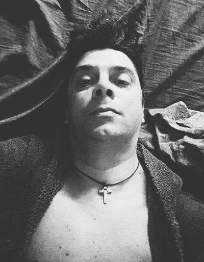 Enjoying Life Relaxing Taking Photos Capture The Moment Cheese! Hi! Hello World Check This Out Hanging Out That's Me Kik Me ♥ Sexyman Sexyboy Sensual_man Selfie😎 Kik Names Black And White Photography Selfie ✌ Eyes