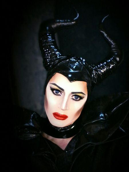 Maleficent Dragqueen  Selfie Diva Popular Photo Hello World www.crystalshow.com.ua