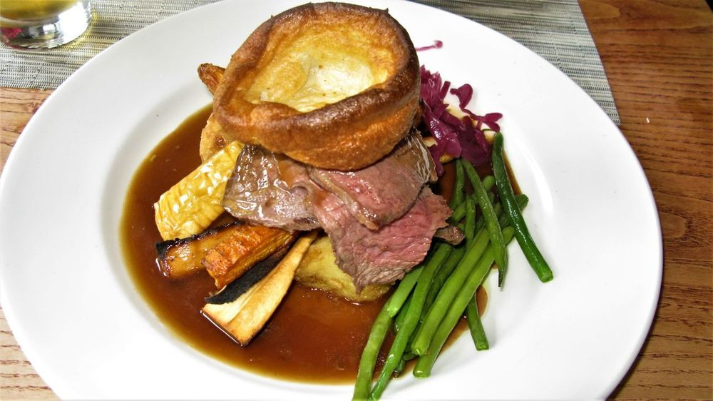 Beans Beef London Sunday Roast Close-up Dinner Food And Drink Freshness Garnish Gravy Sauce Healthy Eating Meat No People Plate Prepared Potato Pub Food Ready-to-eat Roasted Vegetables Serving Size Still Life Table Temptation Vegetable White Plate With Food Yorkshire Pudding