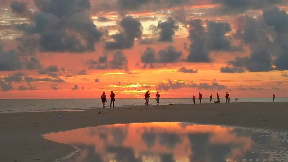 Theres nothing like relaxing on a beautiful beachand taking in all the beauty of a sunset. PeopleOfTheOceans Peopleoftheocean