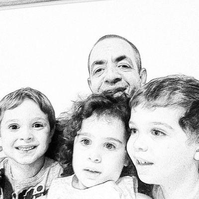 My nephews and me.. love them... Family Instagram Instagramer Pictureoftheday photooftheday instamood