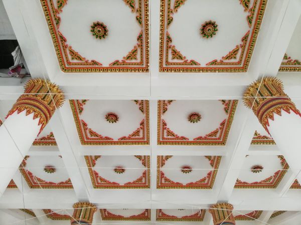 Ceiling Design Art Thai Temple Pattern Symmetry Close-up Seamless Pattern Floral Pattern Design Decorative Art Buddhist Temple Architectural Detail Architecture And Art