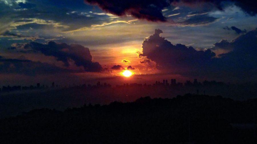 Colorfulclouds Beautifulafternoon Philippines Lgg4photography Goodsunset Sunlover Taking Photos Iloveeyeem Ilovephilippines Cloudaddiction Colorful Sky Ontopoftheworld ILoveMyCity Capture The Moment Learn & Shoot: After Dark EyeEm Light And Darkness