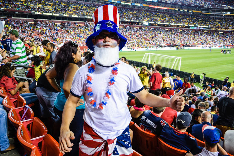 Football Fever Soccer Field USA Vacations Soccer Outdoors Lifestyles People In Places Large Group Of People Futbol Fun
