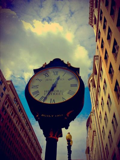 Watch The Clock because it watches you. Clock Time Urbanphotography Washington DC Taking Photos City Life Urban