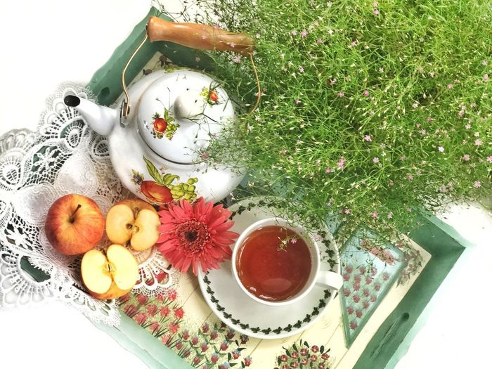 Apple Tea Apple Tea Beverage Morning Tea Tea Cup Flatlay Food And Drink Food High Angle View Freshness Drink Table Directly Above Cup Refreshment Still Life Mug Indoors  Healthy Eating No People Coffee Coffee - Drink Wellbeing Tea Plant Hot Drink The Still Life Photographer - 2018 EyeEm Awards
