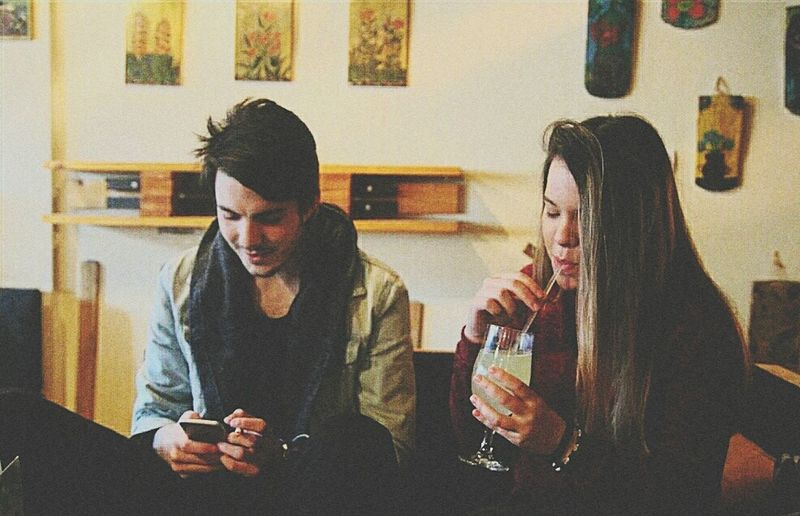 Two People Friendship Texting Friend People Lemonade Canonphotography