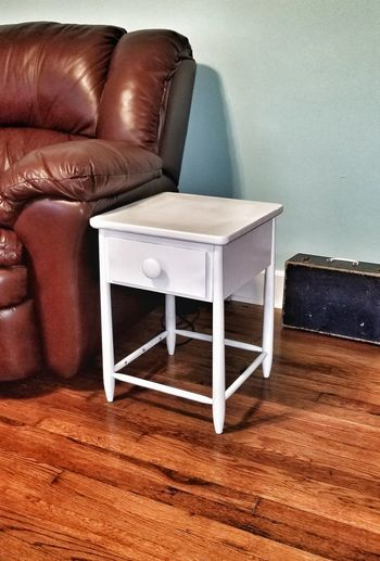 DIY FURNITURE Lexington KY DIY Hardwood Floor Leather Furniture Antique Suitcase White Table Living Room Seat Furniture Home Showcase Interior Luxury Home Interior Domestic Room Chair Armchair Old-fashioned Leather Wooden Side Table Night Table
