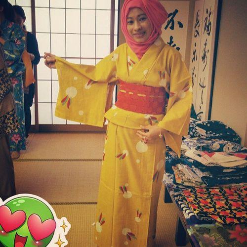 👘👘👘ゆかた YUKATA ゆかた 回路 Yellow Pink Hijab Yukatahijab INDONESIA Aceh Acehjapan Indonesiajapan Livinginjapan Loveaceh Lovejapan Nikkeijin 日系人