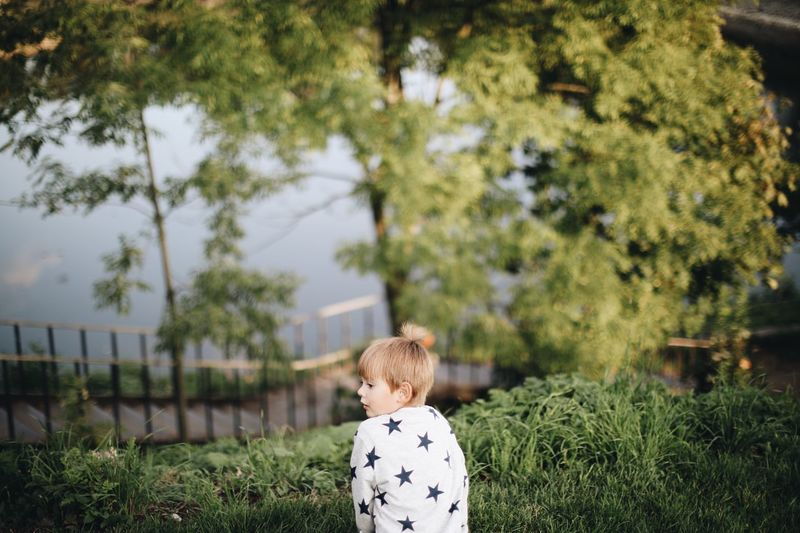 Plant Child Childhood One Person Tree Real People Rear View Grass Men Nature Males  Day Green Color Land Boys Field Leisure Activity Growth Casual Clothing Outdoors Summer In The City EyeEmNewHere Be Brave