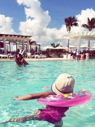 Cancun Mexico Beach Pool Time ❤️🙌🏻