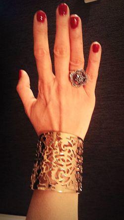 Human Hand Women Nail Art Fashion Beauty Glamour Girl Fashion Photography Cuffs Gold EyeEmNewHere WeekOnEyeEm EyeEmBestPics Ornate Jewellery Artdecostyle Be. Ready.