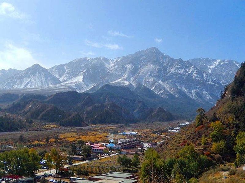 马蹄寺 Gansu China Northwesternchina Chinatour Snowmountain