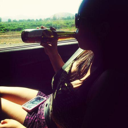 Relaxing Enjoying Life Beer Vacaciones