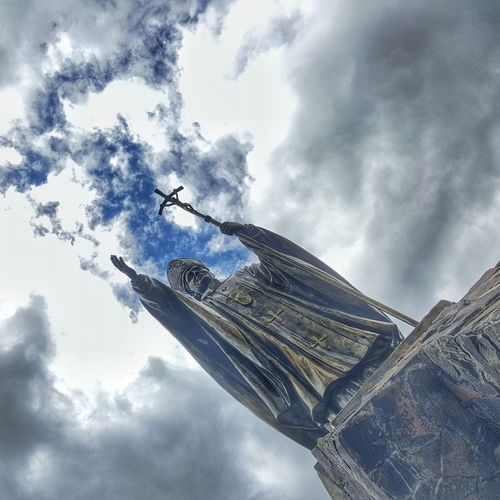 Family Monument, El Salvador, C. A. Elsalvadorimpresionante Elsalvadorimpressive Religious  Pope