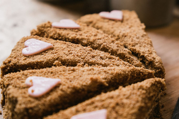 Food And Drink Food Sweet Food Freshness Sweet Dessert Indoors  Close-up Selective Focus Baked Ready-to-eat Indulgence Still Life No People Unhealthy Eating Cake Temptation Sugar Focus On Foreground Bread Snack