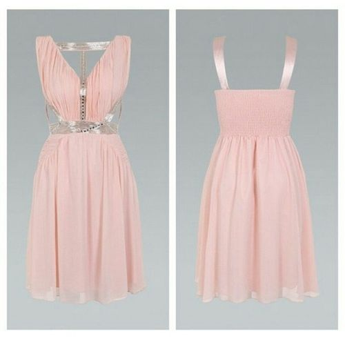 I would LOVE to win this dress. So cute. Ustrendyfav14 Contest Hopeiwin