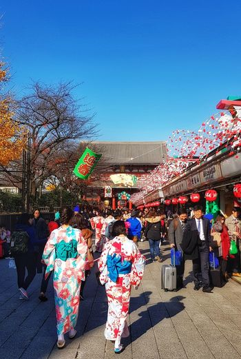 Japan Photography Japanese Style Tokyo,Japan Tokyo Street Photography Tokyo Photography Multi Colored Market Tree Sunlight Retail  Market Stall Text Sky Architecture Building Exterior