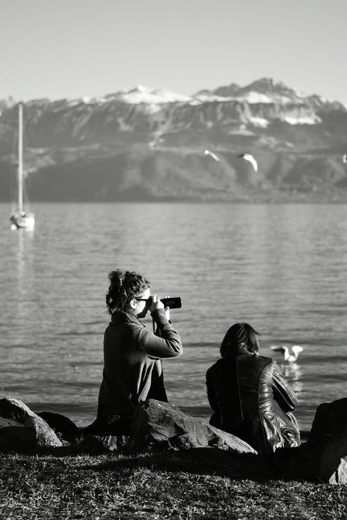 Winterscapes It's Cold Outside Lausanne (CH) Tranquility Leman Lake Switzerland Water JO-LPHOTO Nikon D750 Nikonphotographer Landscape_photography Lausanne Nikonphotography Switzerland Nikon Taking Photos Sky People EyeEm Best Shots Blackandwhite Black & White Peoplephotography People Taking Photos