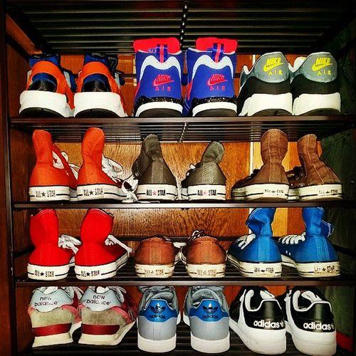Sneakerhead  Trainers Sneakers Shoecollection NewBalance Nike Adidas Converse Allstars Chucktaylor Huarache Airmax Airflight