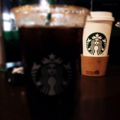 Ngupi... ☕🍵 Ngupi Ngopi Coffee Blackcoffee roastedcoffee coffeelover starbucks saturdaynight