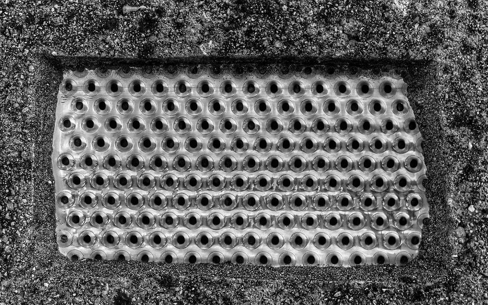 Ventilation needed? 😚💨 Bnw_friday_eyeemchallenge Black And White Texture Ventilation Holes Ventilation Grille Pattern, Texture, Shape And Form Pettern Pieces Ladyphotographerofthemonth EyeEm Best Shots - Black + White EyeEm Best Edits Bnw_society Detailsofdecay Fortheloveofblackandwhite From My Point Of View Getting Inspired My Favorite Photo EyeEm Gallery Taking Photos Minimalism Minimalobsession Exeptional Photographs Patterns Pattern Pieces Things I Like At Home Broken Beauty