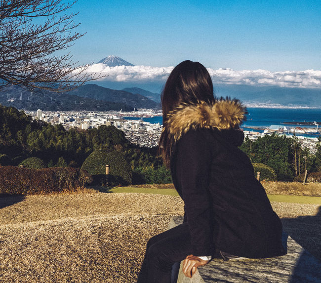 Mt. Fuji and the Girl Japan Japanese  Japanphotography ASIA Shizuoka Mtfuji Fujsan Mountains Landscape Sky Clouds Beautiful Girl FUJIFILM X-T1 Cooljapan View