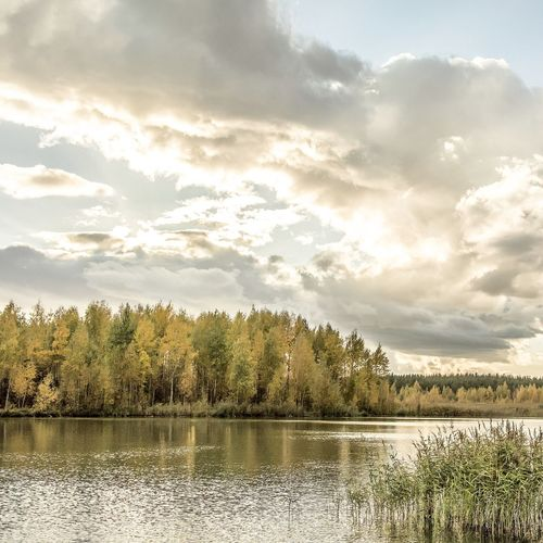 Cloud - Sky Nature Lake Outdoors Beauty In Nature No People Water Folklife Freshness Autumn Autumn Colors Russia Travel Photography Traveling Travelgram