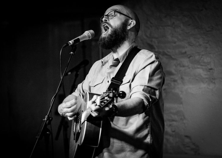 Fuji Xt2 Live Music Photography Findlay Napier Guitar Microphone Stand Musical Instrument Musician One Person Singing
