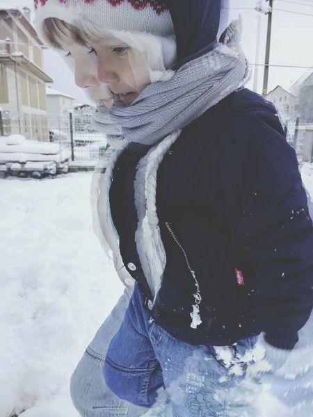 Snowball Snow Holidays  Child Yeğenimle Kar Keyfi Taking Photos Cold Winter ❄⛄ Happy Winter Day ??