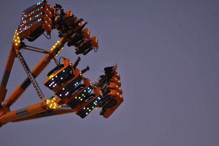 Jahrmarkt 2018 in Osnabrück Sky Amusement Park Amusement Park Ride Joy Blue Emotion Fun Outdoors Motion Excitement Holly_photograph Jahrmarkt Kirmes 50 Ways Of Seeing: Gratitude This Is Natural Beauty EyeEmNewHere Holiday Moments