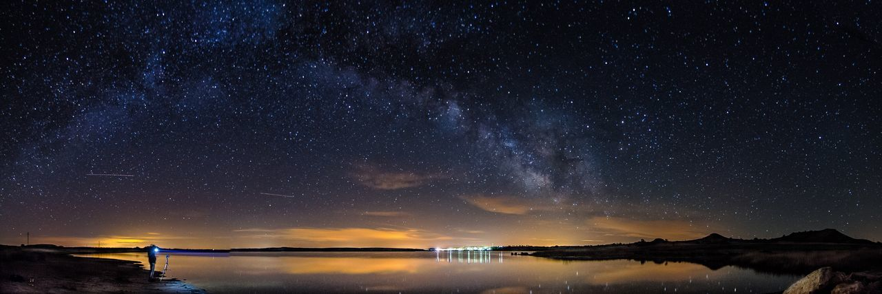 Showcase April Milkyway Night Photography Long Exposure Clouds And Sky Night Lights Night From My Point Of View Lake Reflection EyeEm Nature Lover Nature EyeEm Gallery EyeEm Best Shots Eye4photography  Stars Sky Landscape
