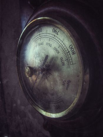 Wintage... Barometer Close-up Day Gauge Indoors  Instrument Of Measurement Mass - Unit Of Measurement No People Number Old Steampunk Wintage EyeEm Selects