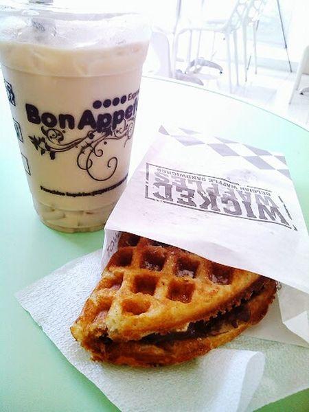 Creme brulee Milk Tea and dulce de leche Waffle Sandwich. Discover more of these! || http://asecretfanfare.blogspot.com/2014/05/first-food-trip-at-bon-appetea.html. || Bon Appetea Santa Rosa Laguna Follow4follow