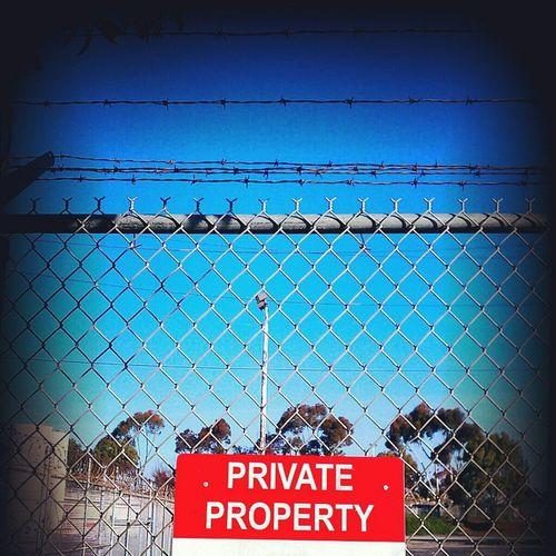 Fence Sign DroidEdit AMPt_community Razorsharpsky Amptcommunity_w1