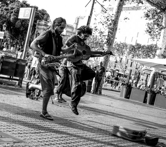 Taking Photos Hello World Hi! RePicture Travel From Spain With Love Barcelona Barcelona, Spain Music Musician Streetphoto_bw First Eyeem Photo
