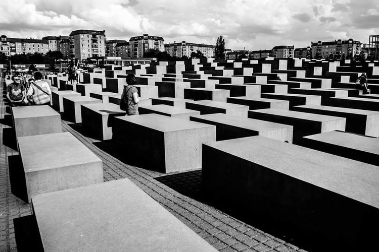 The Street Photographer - 2016 EyeEm Awards The Architect - 2016 EyeEm Awards Sonyalpha Street Sonyaward Blackandwhite Monocrome Streetphoto_bw Sonyimages Reportage Berlin