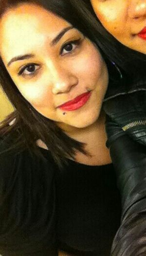 Red LipStick! Classy But Sexyy Rocking The Lipstick